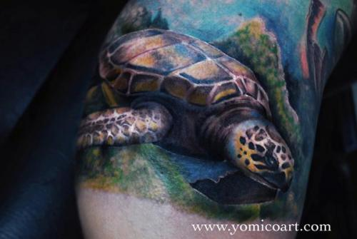 Realistic Sea Turtle Tattoo Looks Great