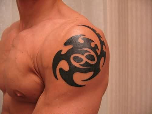 Tribal Cancer Zodiac Sign Tattoo On Shoulder Back