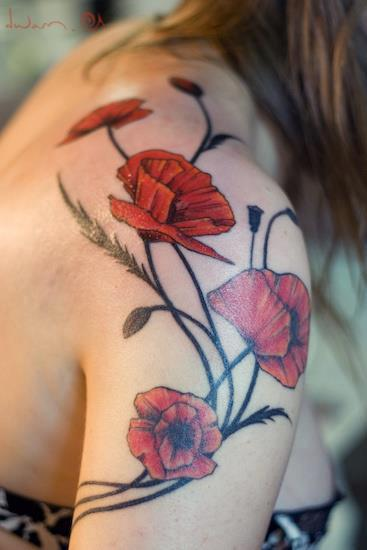 Best Shoulder Tattoos For Girls And Women