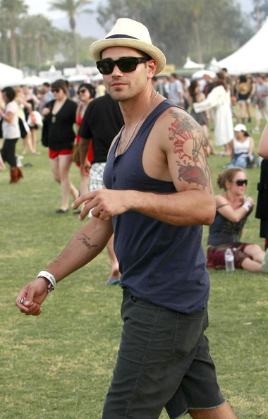 Jess Metcalfe With Muscles Tattoo On A Festival