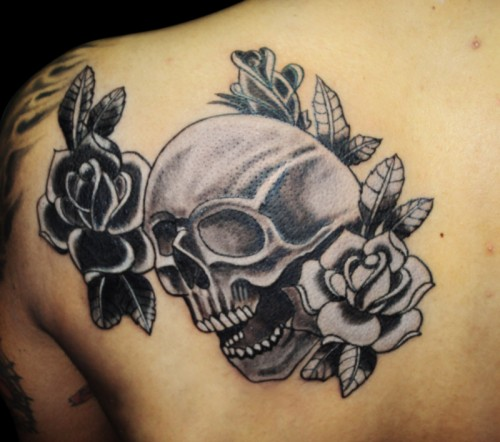 Latest Roses And Skull Tattoos