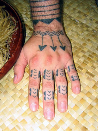 Arrow Tattoos On Hand And Fingers
