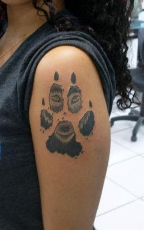 Bear Face In Paw Tattoo For Shoulder
