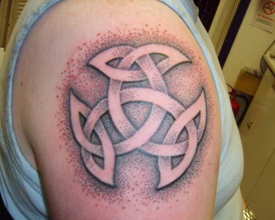 Celtic Knot And Dotwork Shading Tattoos On Shoulder