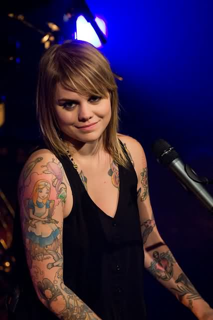 Coeur De Pirate's Sleeve Tattoos