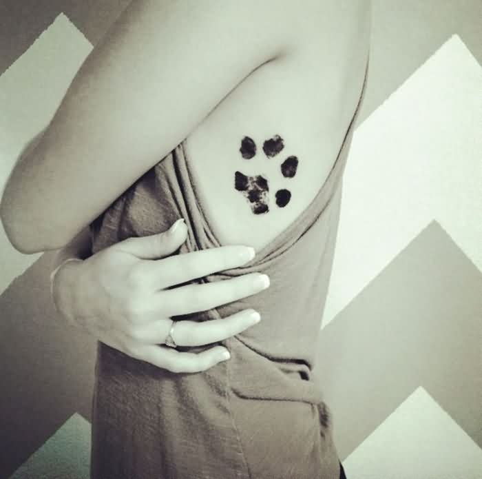 Dog Paw Side Rib Tattoo Trend For Girls