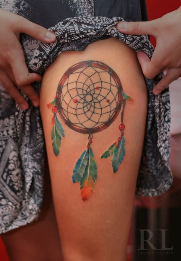 Girl Reveals Dream Catcher Tattoo On Thigh