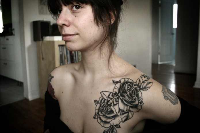 Girl Showed Off Her Rose Tattoos
