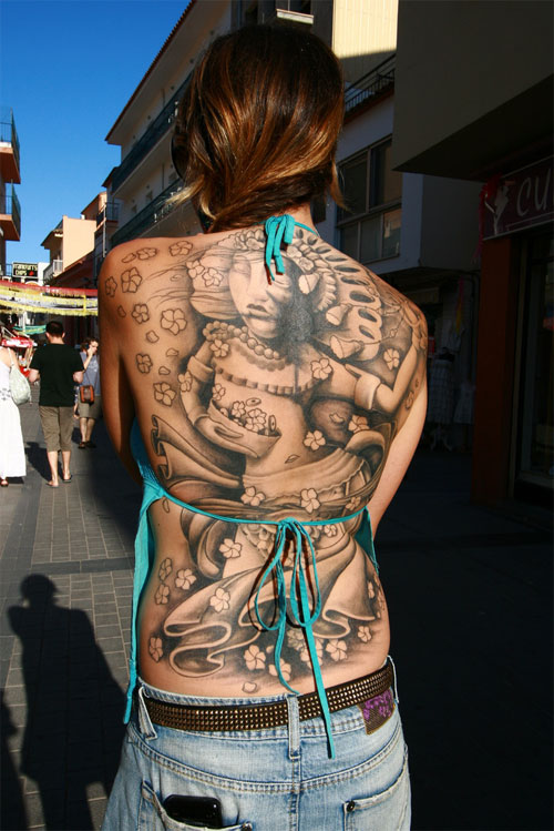 Girl With Full Back Tattoos In Public