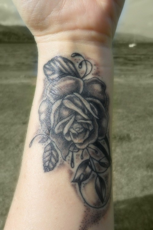Glorious Rose Tattoo On Wrist