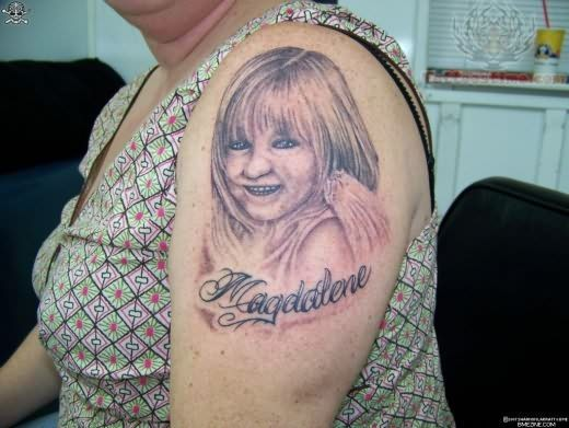 Lady With People Portrait Tattoo On Shoulder