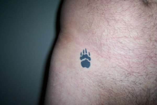 Little Size Bear Paw Tattoo On Hip For Men