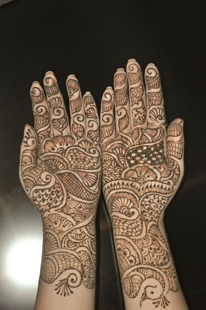 Lovely Henna Tattoos On Full Hands