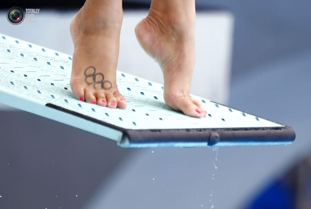 New Olympic Circle Tattoos On Right Foot Of Diver