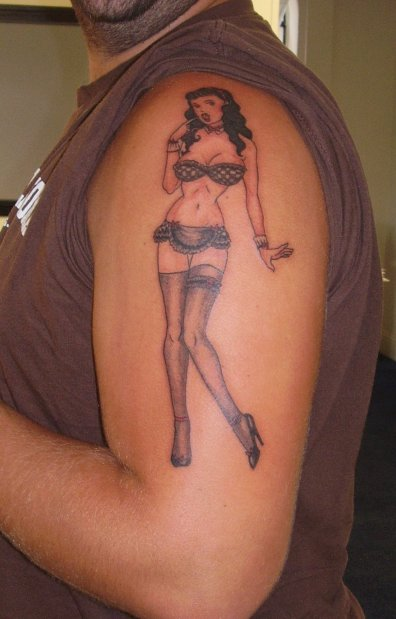 Old School Bettie Pin Up Tattoo On Arm