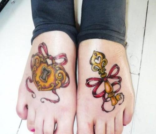 Pretty Ribbon Heart Lock And Key Tattoos On Feet