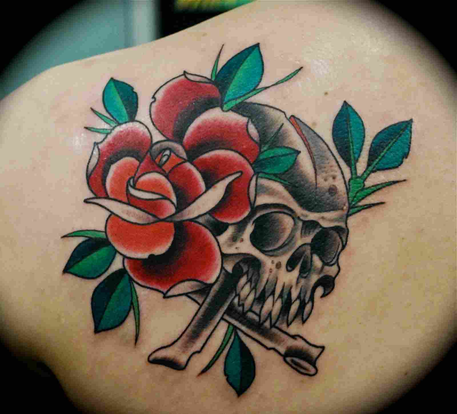 Red Rose And Skull Tattoos Image