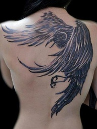 3D Crow Tattoo On Topless Back