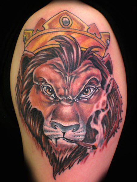 3D Crowned Lion Smoking Tattoo On Half Sleeve