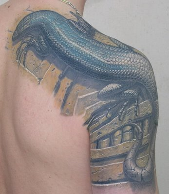 3D Giant Lizard Tattoo On Back And Muscles