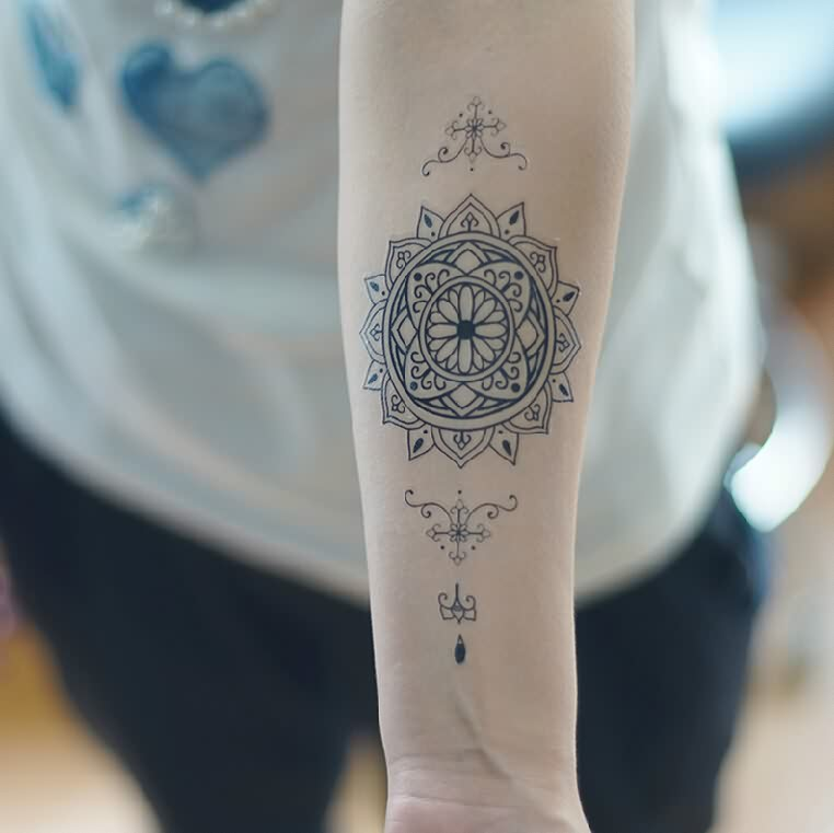 3D Temporary Tattoos On Forearm
