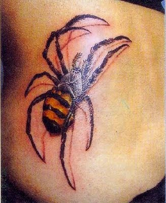 realistic-climbing-3d-spider-tattoo