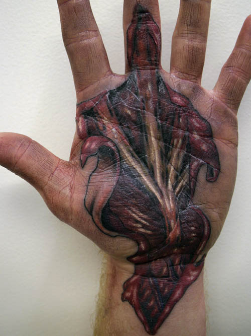 red-3d-tattoo-on-hand