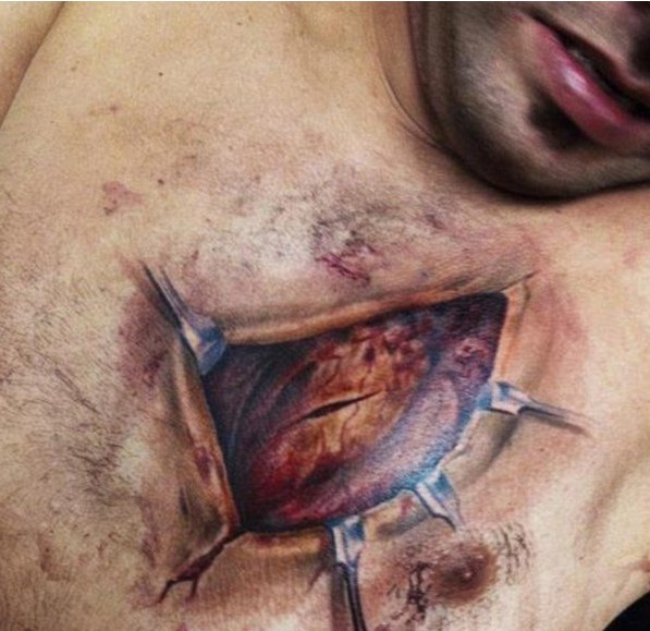 scary-3d-tattoo-on-chest