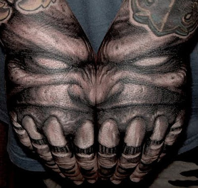 scary-3d-tattoos-on-full-hands