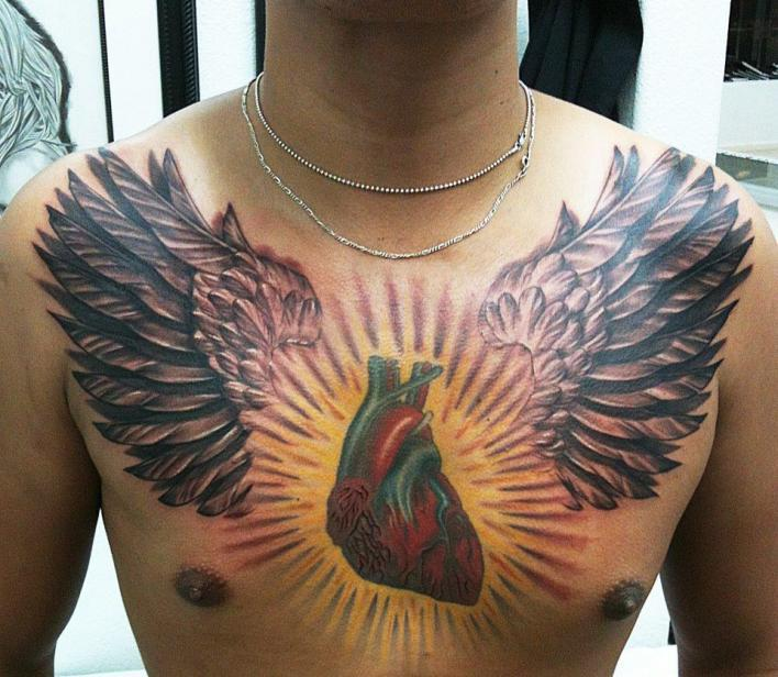 truly-awesome-3d-tattoos-on-full-chest