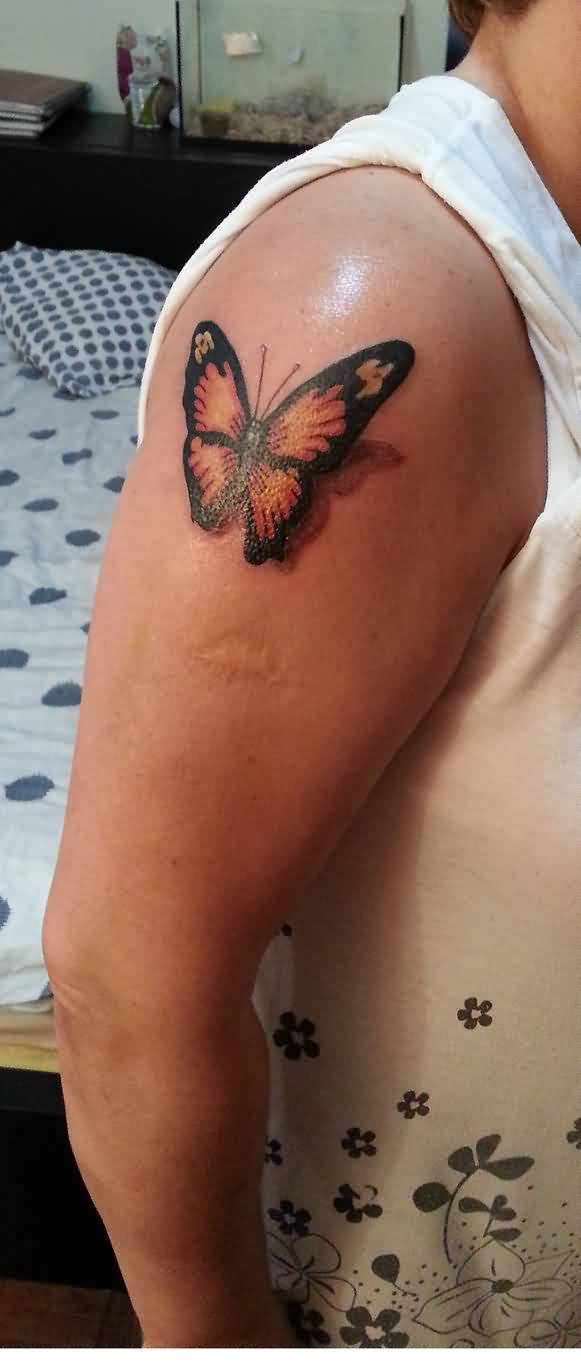 truly-awesome-butterfly-3d-tattoo-on-right-shoulder