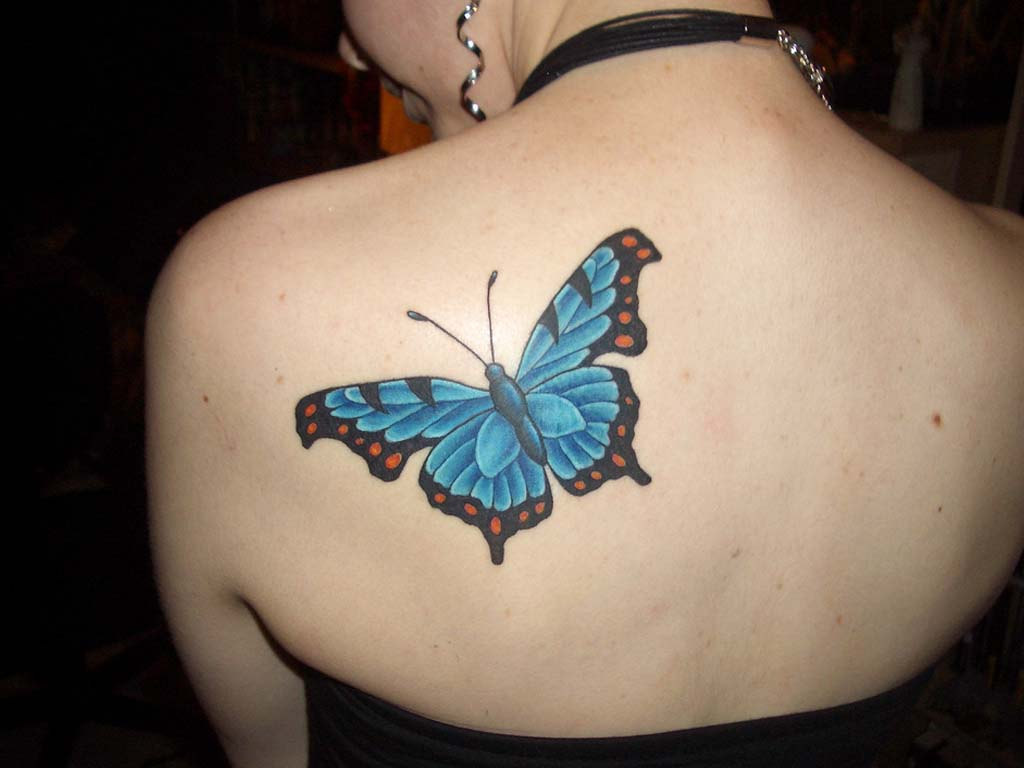 truly-lovely-blue-3d-butterfly-tattoo-on-upperback