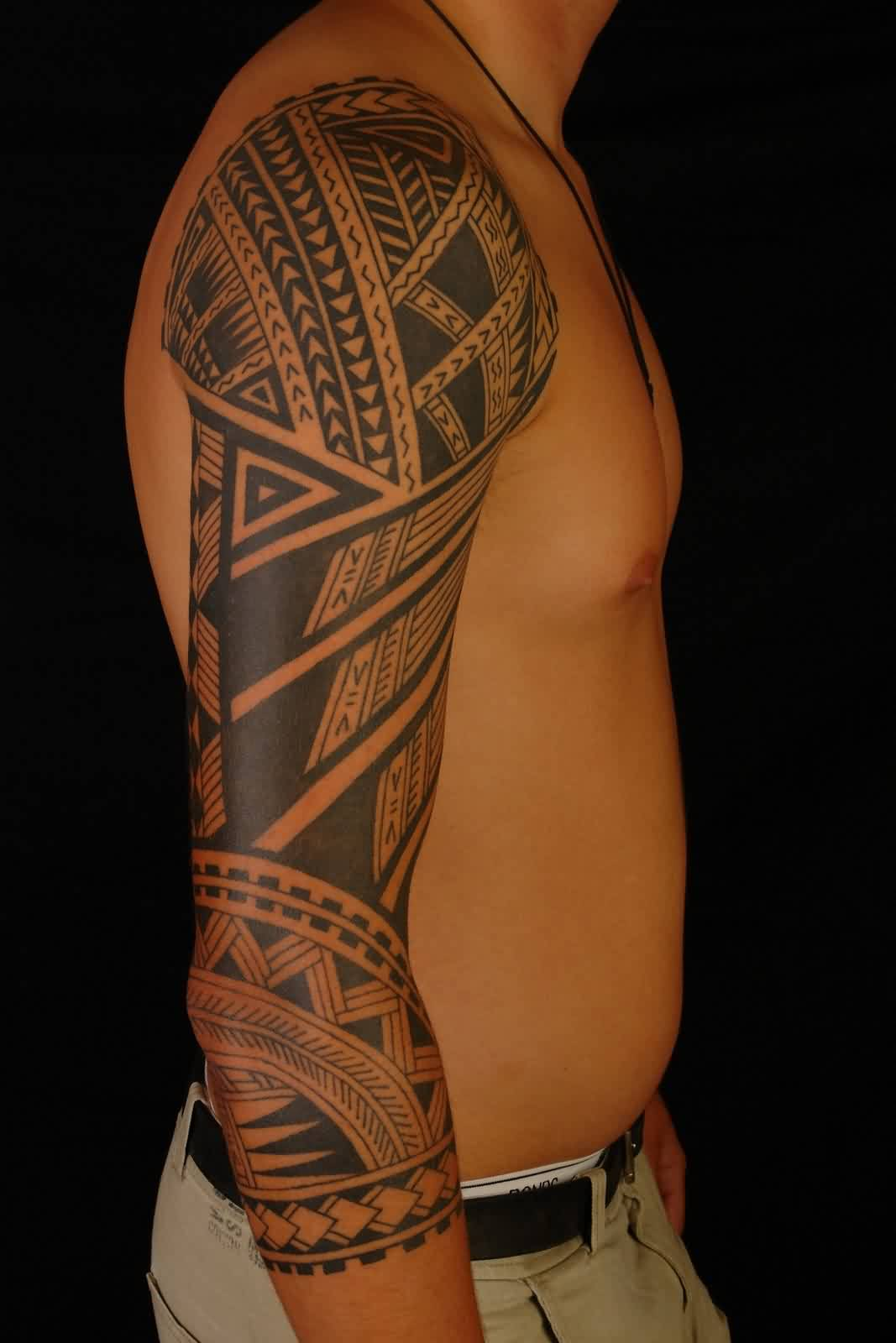 Amazing Black Polynesian Tattoo On Right Sleeve