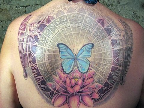 Beautiful 3D Tattoos On The Back