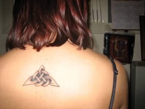 Beautiful Celtic Triangle Tattoo On Upperback
