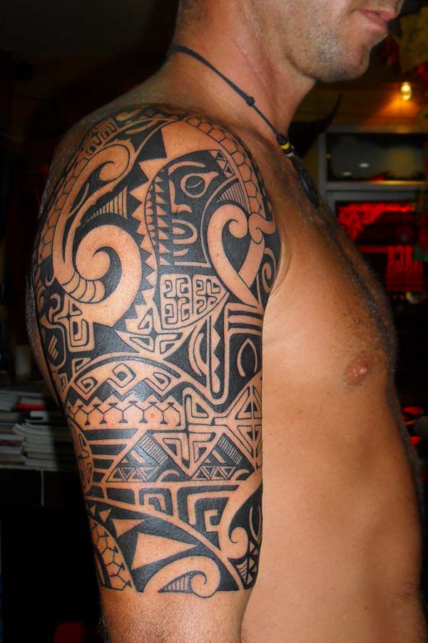 Black Hawaiian Polynesian Tattoos On Half Sleeve