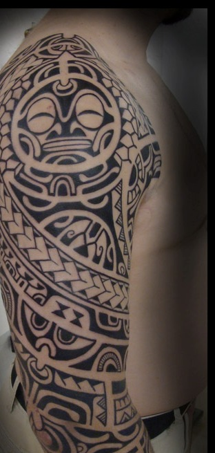 Black Maori Polynesian Tattoos On Right Sleeve