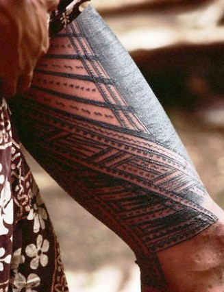 Black Polynesian Tattoo On Thigh