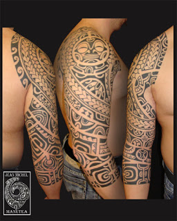 Black Polynesian Tribal Tattoos On Right Sleeve For Men