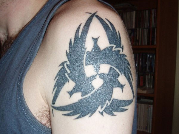 Cool Crow Triskele Tattoo On Shoulder