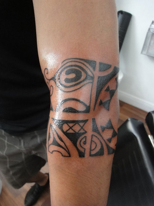 Fresh Black Polynesian Armband Tattoo On Elbow