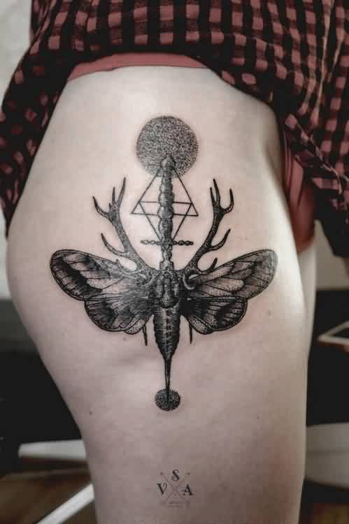 Geometric Circle Triangle And Moth Tattoos On Thigh