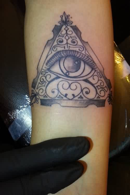 Gorgeous Design Eye Triangle Tattoo