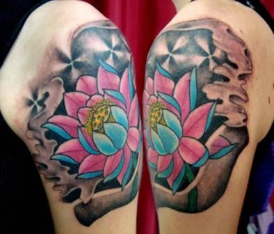 Gorgeous Lotus And Wave Tattoos On Shoulder