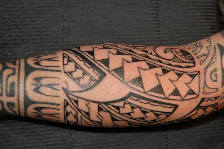 Great Black Polynesian Maori Tattoo On Arm