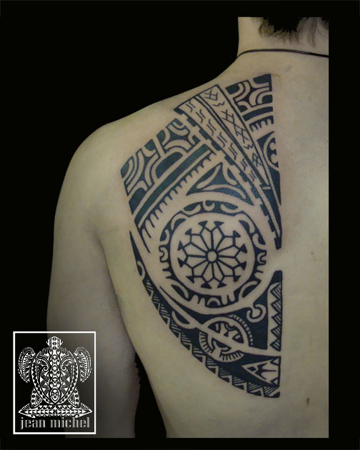 Great Black Polynesian Tattoo On Left Back Shoulder