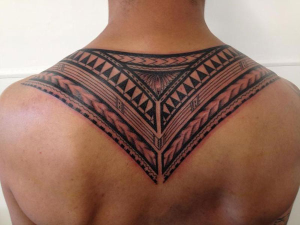 Great Impressive Polynesian Tattoo On Upperback