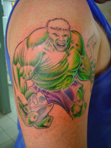 Green 3D Hulk Tattoo On Biceps