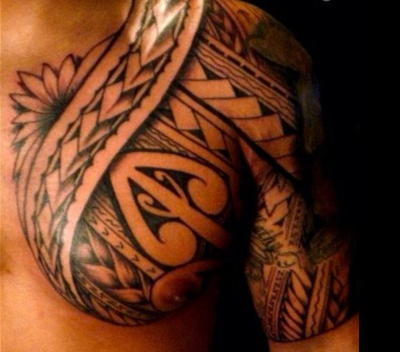 Impressive Black Polynesian Tattoo On Chest