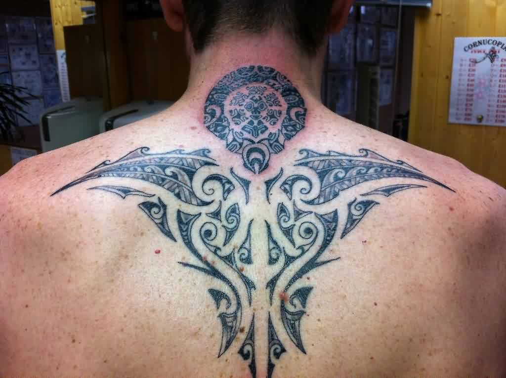 Impressive Tribal Polynesian Tattoo On Upperback